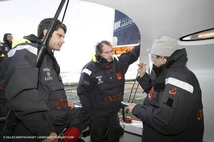 Orange II  - 2005 Jules Verne Trophy - Training in Bay of Biscay -Chastel-Caraes-Nilson-