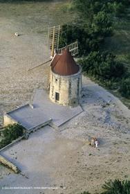 Fontvieille, Alphonse .Daudet Mill