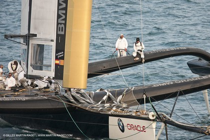 11 02 2010 - Valencia (ESP) - 33rd America's Cup - BMW ORACLE Racing - Day off 2