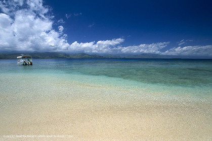 Destinations - South Pacific Ocean - New Caledonia - Pines Island