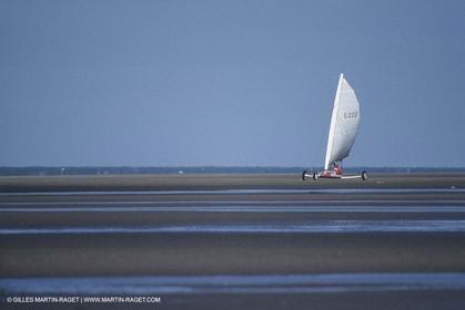 Water sports, Landsailing