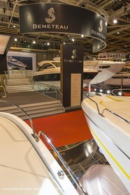 10 12 2013 - Paris (FRA,75) -Paris Boat Show - Beneteau booth