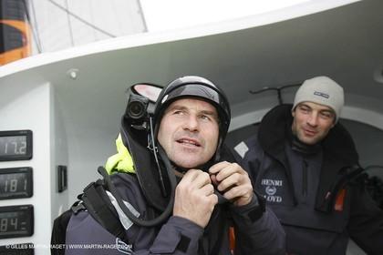 Orange II - Jules Verne Trophy 2005 - Jacques Caraes - Mobile camera Jean-Baptiste Epron