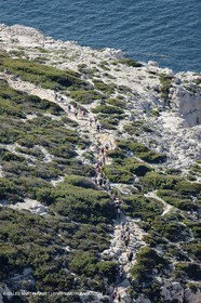18 04 2009 - Marseille (FRA, 13) - Les Calanques - walkers