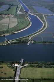 Rhône river, Fos Channel