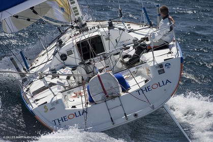 06-26-2007 - FIGARO II - THEOLIA - Skipper : Robert Nagy - Training off Marseille (south France) with strong wind conditions
