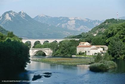 Durance river valley, Sisteron (FRA,05)