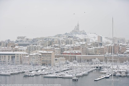 07 01 2009 - Marseille (FRA,13) - Exceptional snow amount on the city