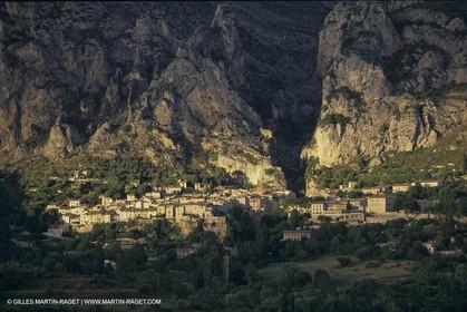 France, Provence, Lubéron, Moustiers Ste Marie