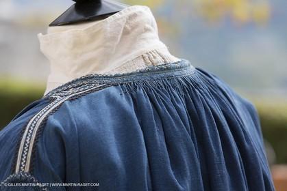 31 10 2013 - Ansouis (FRA,84) - Ansouis castle - Costumes of the exhibit Men costumes