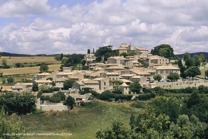 France, Provence, Luberon, Murs