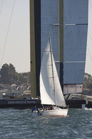 19 11 2009 - San Diego (USA, CA) - 33rd America's Cup - BMW ORACLE Racing - Wing trials, Day 6