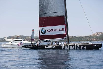 19 05 2010 - La Maddalena (ITA, Sardinia) Louis Vuitton Trophy - BMW ORACLE Racing - Racing Day 1 - No Wind