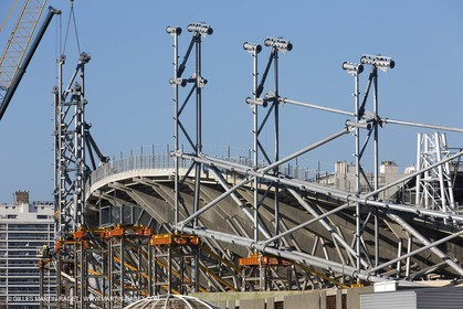 25 01 2013, Marseille (FRA,13), roof installation at Velodrome stadium