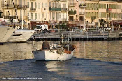 16 09 2008 - Cannes (FRA,83) - Chantier Bénéteau - Oceanis 54