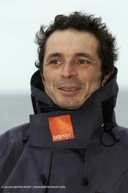 Trophée Jules Verne - Lorient - 30 12 04 - Orange II - Entraînement - A bord - Yves le Blevec