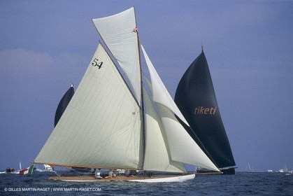 Classic yachts, Bona Fide