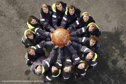 Orange II  - 2005 Jules Verne Trophy - Training in Bay of Biscay - Whole crew