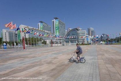 07 08 2008 - Qingdao (CHN) - Olympic games - The olympic Marina - The olympic village