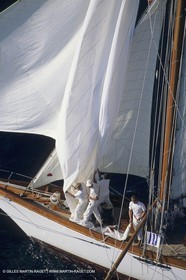 Classic Yachts, Avel
