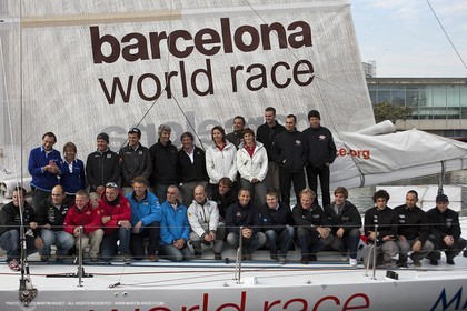 29 12 2010 - Barcelona (ESP) - Barcelona World Race 2010 - Groupe Bel - Preparation