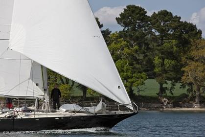 19 05 2010- Benodet (FRA,56)  -  Pen Duick III  sailing in Odet river