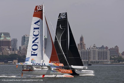 05 07 2012 - New York (USA) - Ocean Krys Race - Speed runs in fornt of NY city