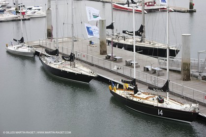 19 05 2010- Lorient- (FRA,56)  the five Pen Duick and l'Hydroptere in front of the Cité de la Voile Eric Tabarly