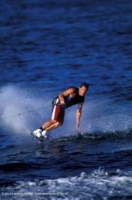 Waterskiing - Wakeboard