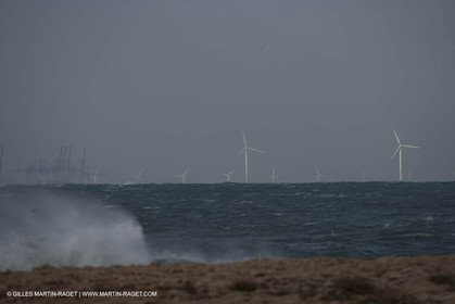 03 01 2008 - Fos sur Mer (FRA, 13) - Esaterly gale