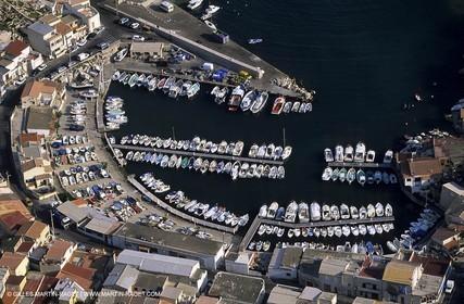 Marseille and Cassis calanques, les Goudes harbour