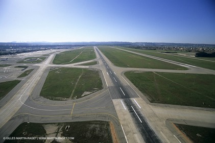 Berre Lake (FRA,13) - Marseille-Provence Airport