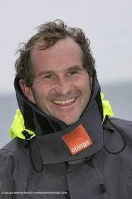 Trophée Jules Verne - Lorient - 30 12 04 - Orange II - Entraînement - A bord - Jacques Caraes