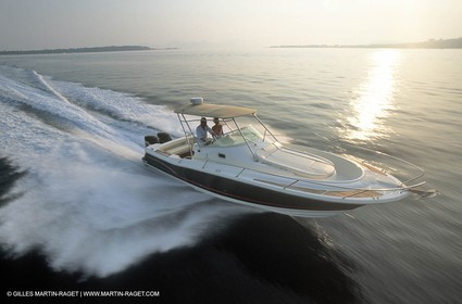 Motor boat running