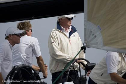 04 10 2007 - Saint Tropez (FRA, 83) - Voiles de Saint Tropez 2007 - Bill Koch steers Kiwi Magic