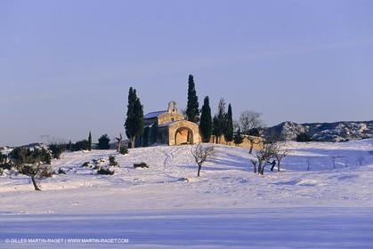 Provence under snow - Alpilles - Chapelle Saint Sixte - Eygalières