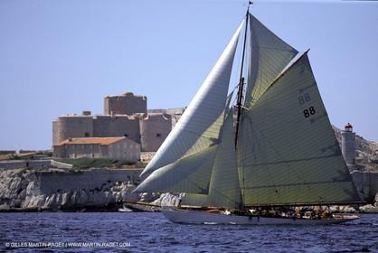 Moonbeam - Classic yachts - 2003 Voiles du Vieux Port