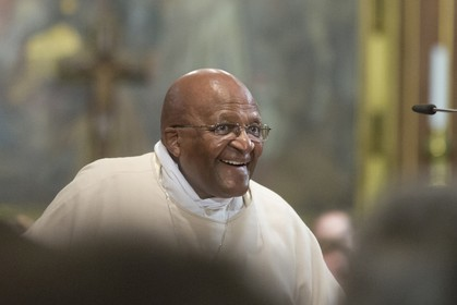 13 11 2014, Capetown (ZAF), Volvo Ocean Race 2014-15, Team Alvimedica attends the service of Archbishop Emeritus, Nobel Peace Prize winner Desmond Tutu at Saint George's Cathedral in Cape Town.