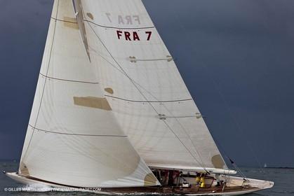 01-05-10 - Le Bono (FRA,56) - Regate Classique - 8m J