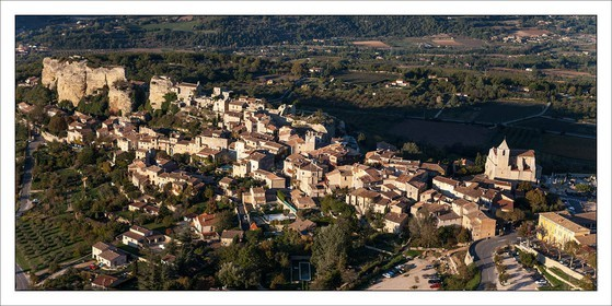 .LUBERON - SAIGNON..Product: in house made quality print on 8 ultrachome colors Epson ink Jet printer...Available sizes: .. 50 x 100 cm.. 100 x 200 cm..Available papers: .. Standard 250 gr glossy paper print, black streak, white margin, no signature.. Top quality glossy 290 gr. paper, black streak, white margin, checked and signed by the author.. Fine Art print (signed, numbered, stamped, registered) on demand.. Other supports (Canvas, Acrylic, Metal) on demand..Packaging: cylindric reinforced tube..Shipping options: regular mail or Shipping company..Click on the basket icon to select your options and start the online ordering process.
