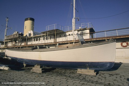 Classic Yachts, Classic Motor yachts, Delphine