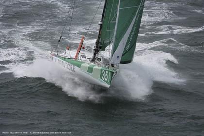 21 06 2007 - Bell Ile en mer (South Britanny, France) - IMOCA Monohulls - Delta Dore (Jeremie Beyou) sea trials