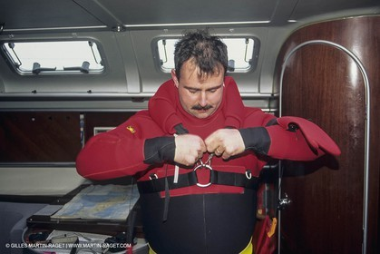 Sailing, cruising, equipment, Safety