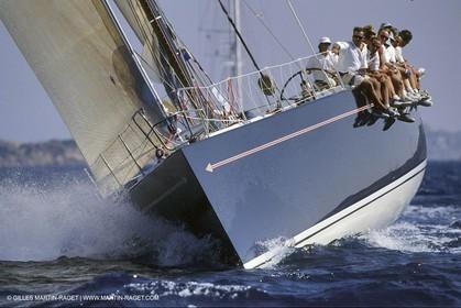 racing maxi yachts