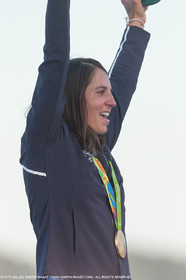 14 08 2016, Rio de Janeiro (BRA), 2016 Olympic Games, Sailing, RSX Women medal ceremony, Charline Picon (FRA)
