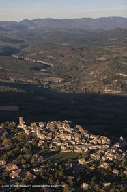 29 10 2012 - Viens (FRA,84) - Luberon as seen from above