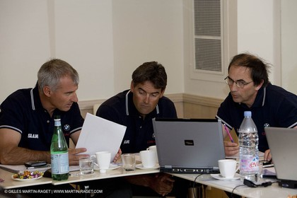 27 04 2008 - Paris (FRA) - 33rd America's Cup - BMW ORACLE Racing - Cup Yacht Design Team Meeting - Mike Drummond - Russell Coutts - Mick Kermarec