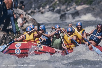 Watersports, rafting, rowing, eaux vives, rame, kayaking, pirogues