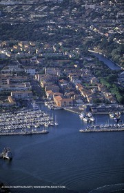 Port de Bouc, Canal de Caronte