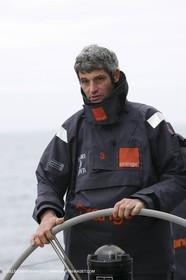 Trophée Jules Verne - Lorient - 30 12 04 - Orange II - Entraînement - A bord Sébastien Audigane